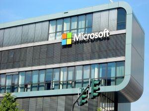 https://www.mainone.net/wp-content/uploads/2019/05/Microsoft-data-centre.jpg