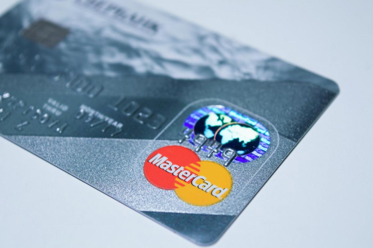 mainone-card-credit-card-mastercard-
